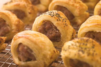 cocktail_sausage_rolls.png